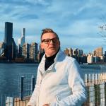 Teledysk   Sebastian Zys – Wiec powiedz mi