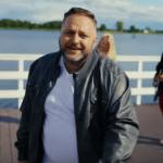 Niebiańska premiera, Heven – Zapisana w wierszu!