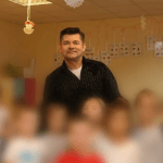 """Zenon Martyniuk (Akcent) z wyjątkową niespodzianką w Niepublicznym Żłobku i Przedszkolu """"Wesołe Robaczki"""""""