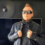 Uwielbiany artysta disco polo rozkochuje wszystkie serca swoją najnowszą produkcją! Kris Talisman – Zakochani