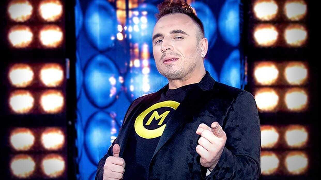 """Czadoman i jego fenomenalny występ w programie """"Twoja twarz brzmi znajomo""""! To co zrobił trzeba zobaczyć! (video)"""
