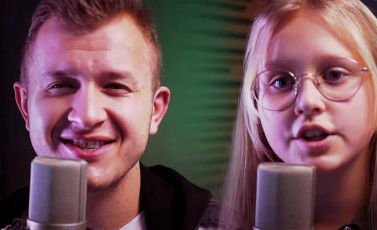 Pokochała ich cała polska! Dawid Narożny i Gabrysia razem śpiewają przebój zespołu Piękni i Młodzi! Ich talent sięga zenitu!